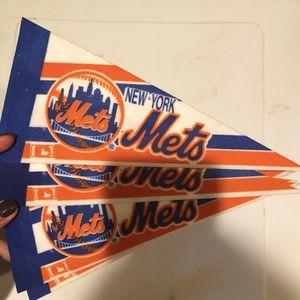 NY mets pennants